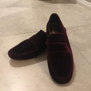 NEW Zara burgundy loafers